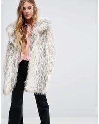 hellbeige Mantel mit einem Pelzkragen mit Leopardenmuster von Glamorous