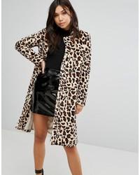 hellbeige Pelz mit Leopardenmuster von PrettyLittleThing
