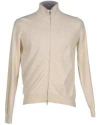 hellbeige Pullover mit einem Reißverschluß