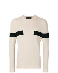 hellbeige Pullover mit einem Rundhalsausschnitt mit geometrischen Mustern