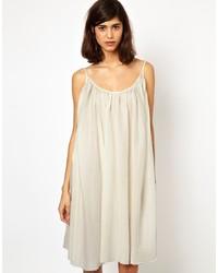 hellbeige schwingendes Kleid von BZR