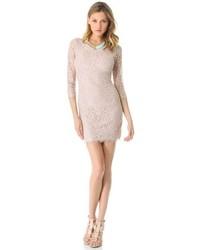 hellbeige Spitze figurbetontes Kleid von Diane von Furstenberg
