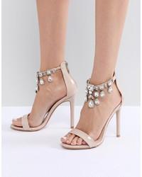 hellbeige verzierte Leder Sandaletten von Public Desire