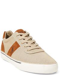 hellbeige Wildleder niedrige Sneakers
