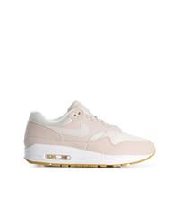 hellbeige Wildleder niedrige Sneakers von Nike