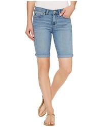 hellblaue Bermuda-Shorts aus Jeans