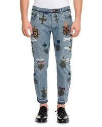 hellblaue bestickte Jeans