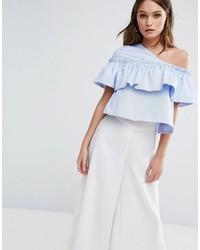 hellblaue Bluse mit Rüschen von Boohoo