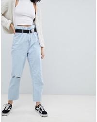 hellblaue Boyfriend Jeans mit Destroyed-Effekten von Bershka