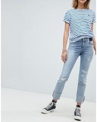 hellblaue Boyfriend Jeans mit Destroyed-Effekten von Maison Scotch