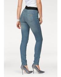 hellblaue enge Jeans von Arizona