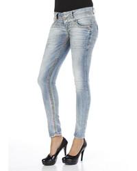 hellblaue enge Jeans von CIPO & BAXX
