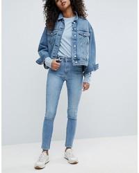 hellblaue enge Jeans von Weekday