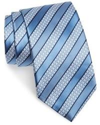 hellblaue horizontal gestreifte Krawatte