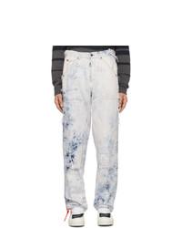 hellblaue Jeans mit Acid-Waschung