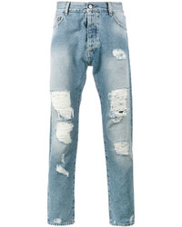 hellblaue Jeans mit Destroyed-Effekten