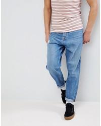 hellblaue Jeans mit Destroyed-Effekten von ASOS DESIGN