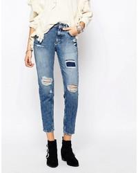 hellblaue Jeans mit Destroyed-Effekten von Pull&Bear
