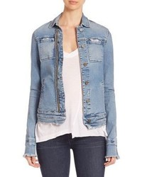 hellblaue Jeansjacke mit Destroyed-Effekten