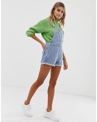 hellblaue kurze Latzhose aus Jeans von Bershka