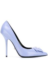 Hellblaue Leder Pumps von Versace