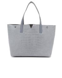 hellblaue Shopper Tasche aus Leder von Vince