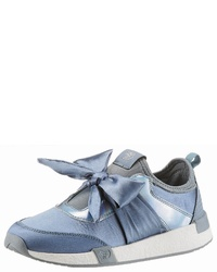hellblaue Slip-On Sneakers aus Segeltuch von Tom Tailor