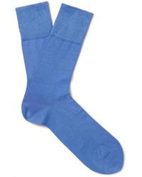 hellblaue Socken von Falke
