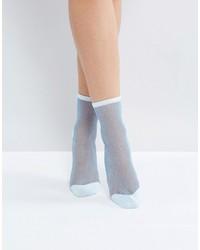 hellblaue Socken von Monki