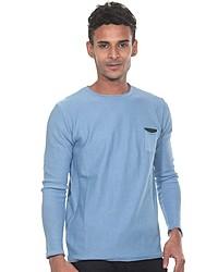 hellblauer Pullover mit einem Rundhalsausschnitt von FIOCEO