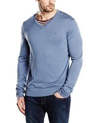hellblauer Pullover mit einem V-Ausschnitt von Calvin Klein