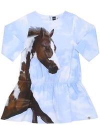 hellblaues bedrucktes Kleid