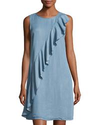 hellblaues gerade geschnittenes Kleid mit Rüschen