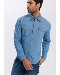 hellblaues Jeanshemd von Cross Jeans
