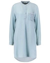 hellblaues schwingendes Kleid von Lee