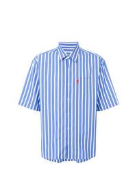 hellblaues vertikal gestreiftes Kurzarmhemd von AMI Alexandre Mattiussi