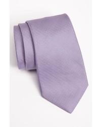 hellviolette Krawatte
