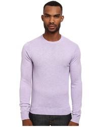 hellvioletter Pullover mit einem Rundhalsausschnitt