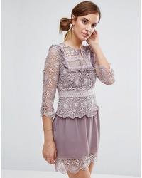 hellviolettes gerade geschnittenes Kleid aus Spitze von Little White Lies