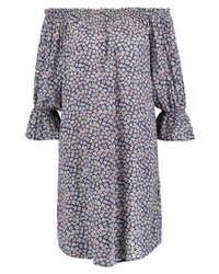 hellviolettes schulterfreies Kleid mit Blumenmuster von Vila