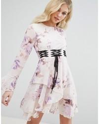 hellviolettes schwingendes Kleid mit Blumenmuster von Missguided