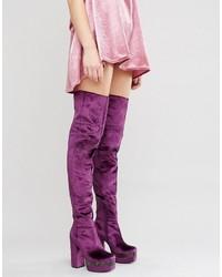 lila Overknee Stiefel aus Samt von Asos