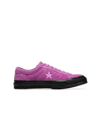 lila Wildleder niedrige Sneakers von Converse