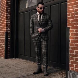 Dunkelgraue Krawatte mit Schottenmuster kombinieren – 51 Herren Outfits: Kombinieren Sie einen dunkelgrauen Anzug mit Schottenmuster mit einer dunkelgrauen Krawatte mit Schottenmuster für einen stilvollen, eleganten Look. Wenn Sie nicht durch und durch formal auftreten möchten, entscheiden Sie sich für dunkelgrauen Chelsea Boots aus Wildleder.
