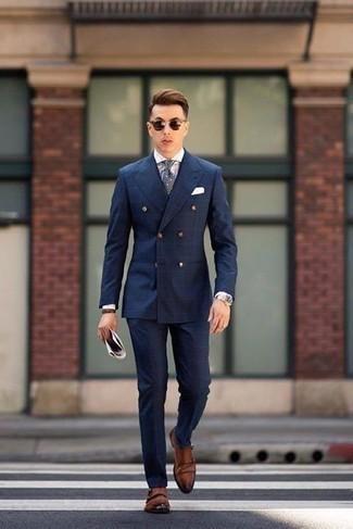 Braunes Lederarmband kombinieren: trends 2020: Erwägen Sie das Tragen von einem dunkelblauen Anzug mit Karomuster und einem braunen Lederarmband für ein großartiges Wochenend-Outfit. Fühlen Sie sich mutig? Ergänzen Sie Ihr Outfit mit braunen Doppelmonks aus Leder.