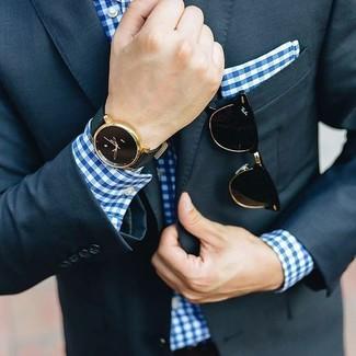 Blaues Businesshemd mit Vichy-Muster kombinieren: trends 2020: Tragen Sie ein blaues Businesshemd mit Vichy-Muster und einen dunkelblauen Anzug für einen stilvollen, eleganten Look.