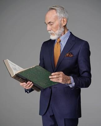 Wie kombinieren: dunkelblauer Anzug, weißes und blaues vertikal gestreiftes Businesshemd, orange gepunktete Krawatte, orange bedrucktes Einstecktuch
