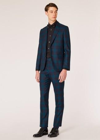 Wie kombinieren: dunkeltürkiser Anzug mit Schottenmuster, schwarzes Businesshemd, schwarze Leder Oxford Schuhe, schwarze Fliege