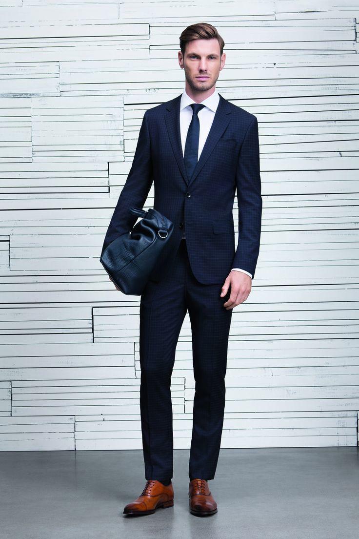Blauer Anzug Schuhe : adventure ~ Frokenaadalensverden.com Haus und Dekorationen