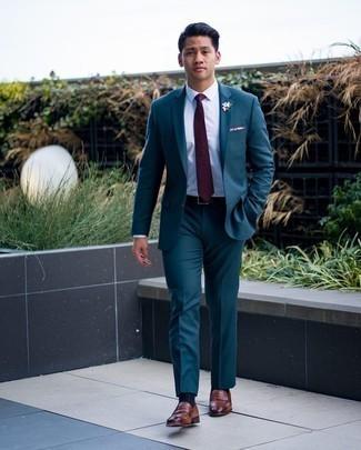 Schwarzen Ledergürtel kombinieren – 1200+ Herren Outfits: Kombinieren Sie einen dunkeltürkisen Anzug mit einem schwarzen Ledergürtel für ein bequemes Outfit, das außerdem gut zusammen passt. Fühlen Sie sich ideenreich? Wählen Sie braunen Leder Slipper.
